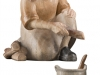 Hirt kniend am Lagerfeuer WF/ Nr. 795041 9 cm - € 35,20